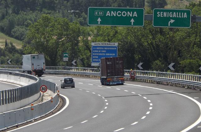 L'autostrada A14 all'altezza di Senigallia