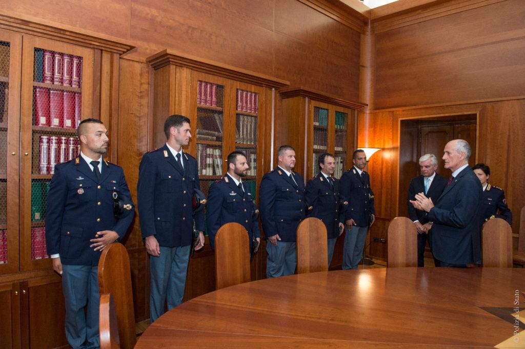 I poliziotti eroi ricevuti dal capo della Polizia, Franco Gabrielli