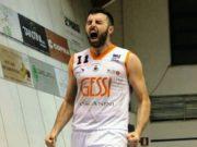 Nicolò Gatti, ala, classe 1991, piemontese, reduce da quattro stagioni di fila in B a Borgosesia