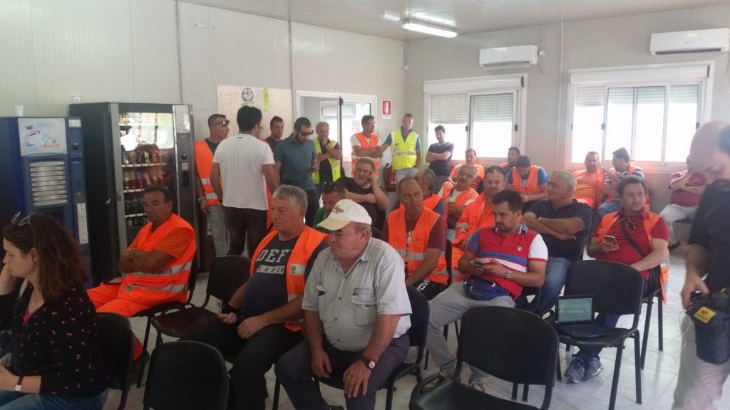 Lavoratori in assemblea