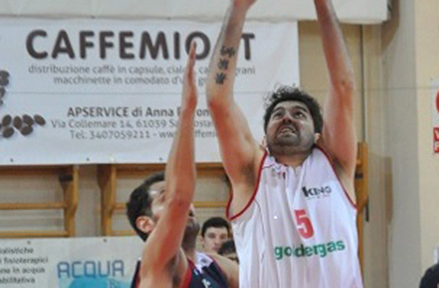 Coronavirus, sospeso il campionato di basket di Serie B. Pierantoni: «Fa male, ma è la scelta più giusta»