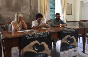 Da sinistra l'assessore Giorgia Fabri, il sindaco di Corinaldo Matteo Principi e l'assessore Riccardo Silvi
