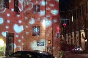 Giochi di luce a Corinaldo per la notte romantica 2018