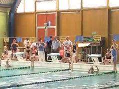 Una delle varie attività nella piscina comunale Molinello 2 a Senigallia
