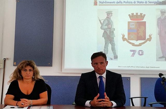 La presentazione dell'intitolazione dei giardini di via Rovereto, a Senigallia, agli Stabilimenti della Polizia di Stato