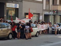 Sciopero degli studenti del liceo artistico Mannucci, davanti alla sede dell'Ufficio scolastico regionale