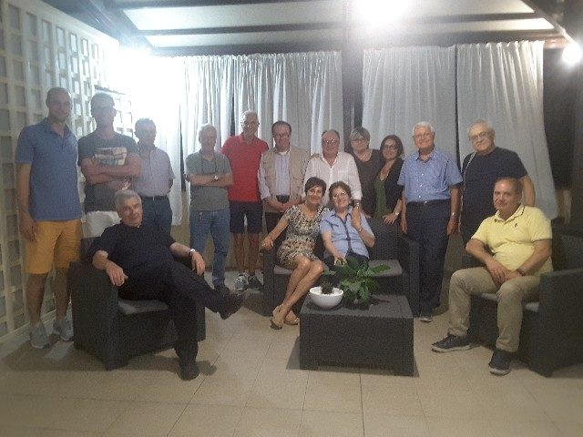 I componenti del comitato organizzatore del pellegrinaggio a piedi Jesi - Loreto