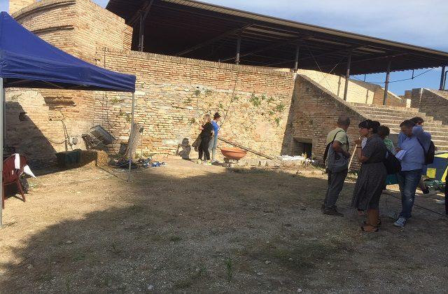 L'ingresso del Bastione durante le riprese