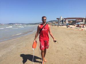 Uno dei bagnini che lo ha soccorso, Mauro Gorgoloni
