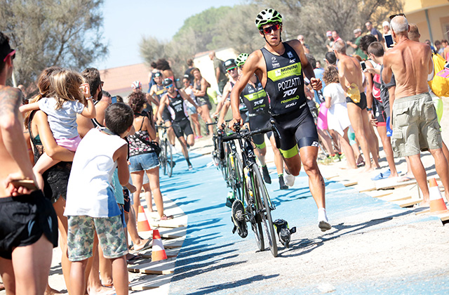 Il triathlon sulla spiaggia di Senigallia