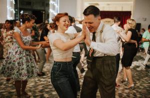 Balli alla Rotonda a mare di Senigallia. Foto di Marco Matteucci