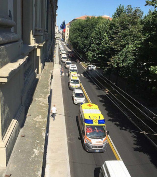 Piazza Cavour davanti alla sede del Consiglio regionale