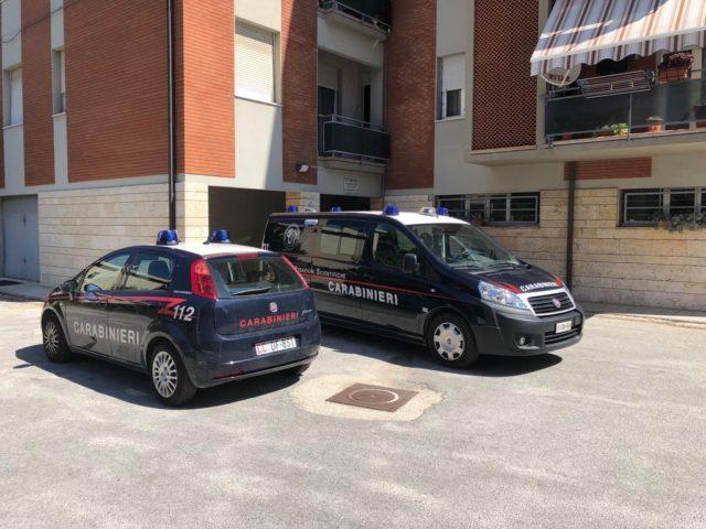 Omicidio di Chiaravalle: iniziate le analisi sul coltello, sequestrate anche scarpe da uomo