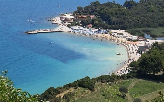 Spiagge cittadine sistemate: pronte ad accogliere i bagnanti
