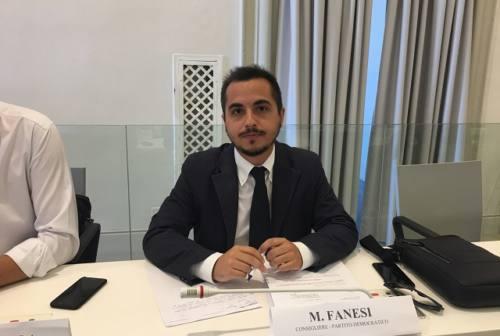 Ancona, mozione di Fdi: la maggioranza si spacca e il capogruppo del Pd Fanesi si dimette