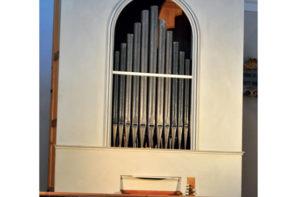 L'organo Fioretti della chiesa di Santa Lucia, a Ostra Vetere