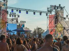 Feste e party sulla spiaggia di velluto a Senigallia