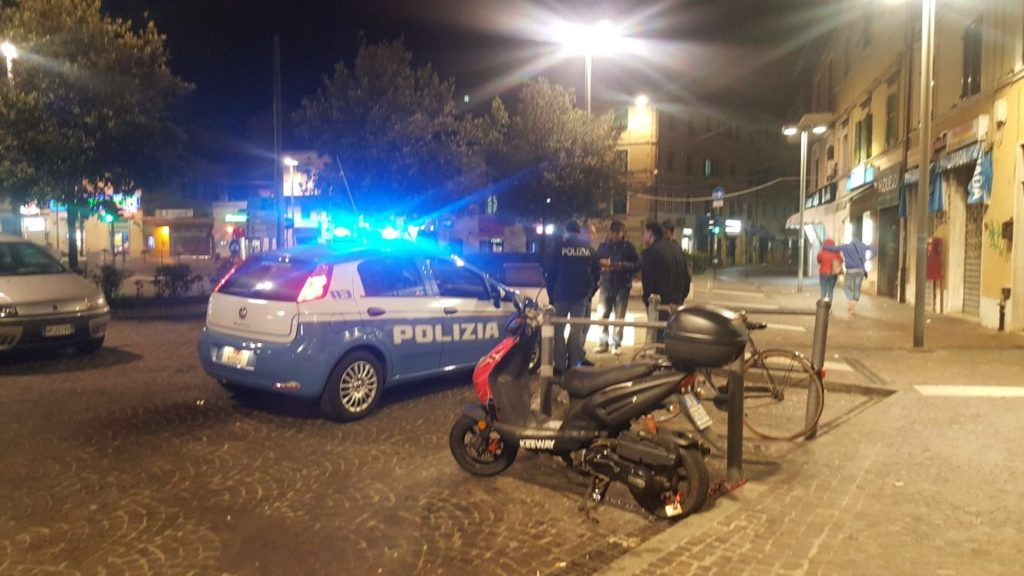 La polizia al Piano di Ancona (foto di repertorio)