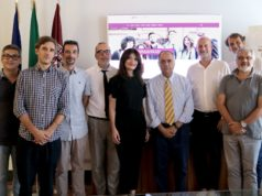 Il rettore Adornato con il delegato ai servizi informativi Pierluigi Feliciati e la squadra del nuovo sito Unimc