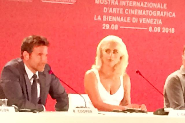 La stella Gaga illumina Venezia 75