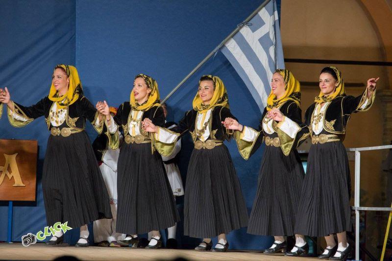 Ad Apiro torna il festival del folclore