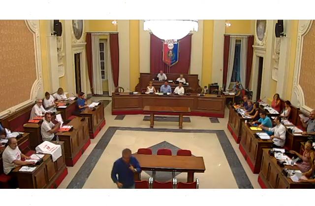 Il momento della discussione tra l'assessore Girolametti e i rappresentanti del Comitato