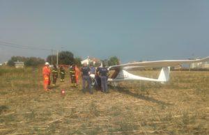 L'aereo dopo l'atterraggio di emergenza