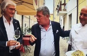 Lucio Pasquini (a sin.) con lo chef Riccardo Rotatori