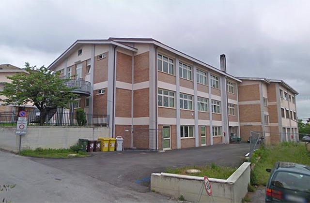 La scuola primaria G.Crocioni in via Europa,a Ostra