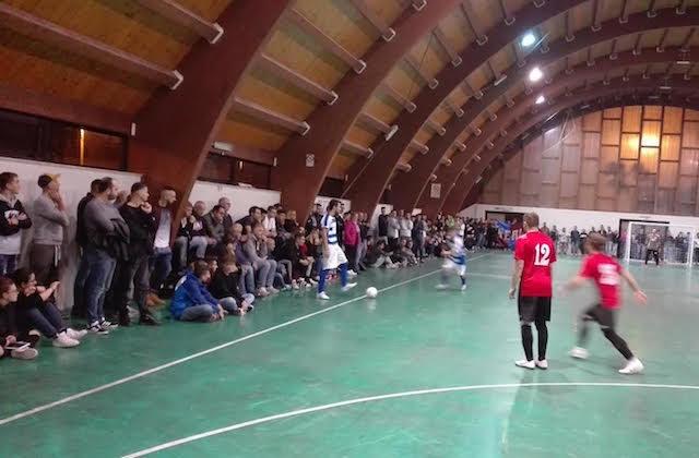 Un momento del derby tra Real Fabriano e Cerreto