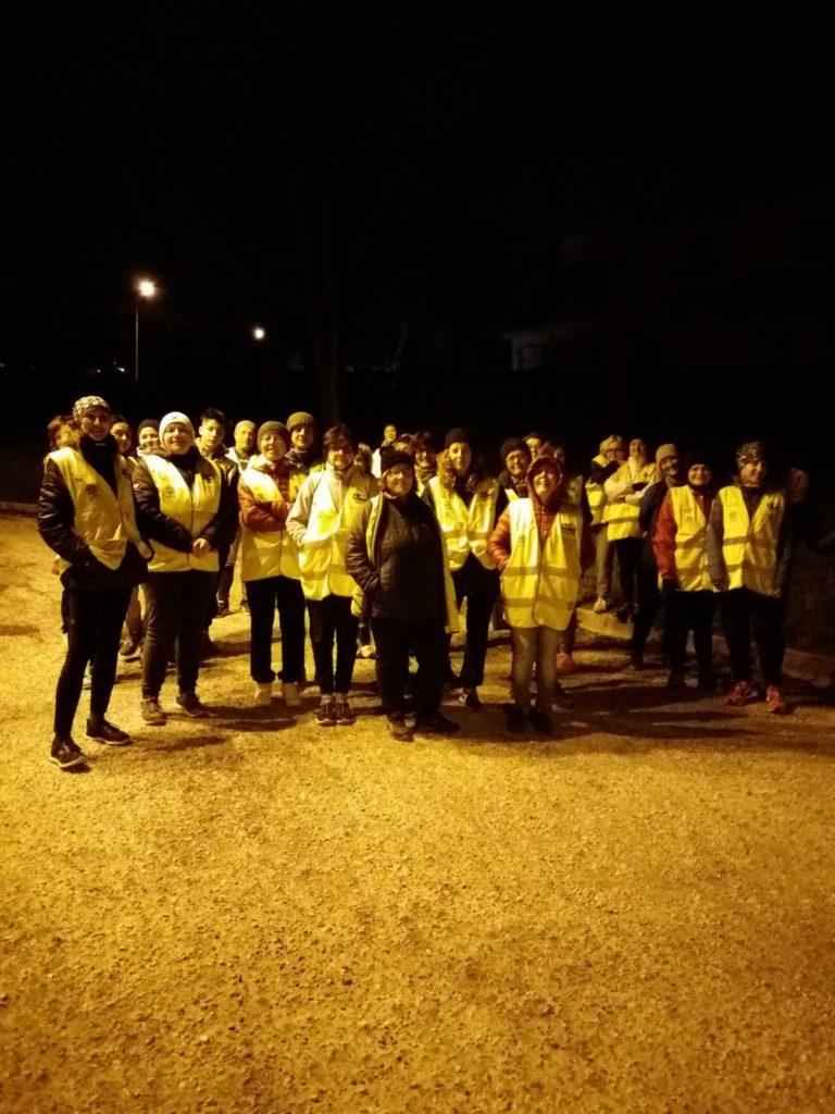 """I partecipanti ad una camminata organizzata da """"Salute in cammino"""""""