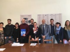 L'assessore Pagnoncelli insieme agli organizzatori e borsisti