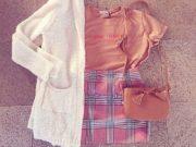 Una proposta di outfit di Raffaela Marinetti: il check rende particolare anche il più casual dei look