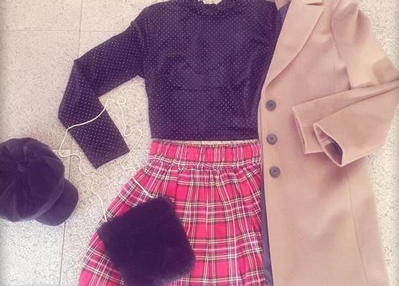 Una proposta di outfit di Raffaela Marinetti: quel quid in più che sa regalare una gonna in tartan