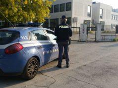 La polizia durante i controlli