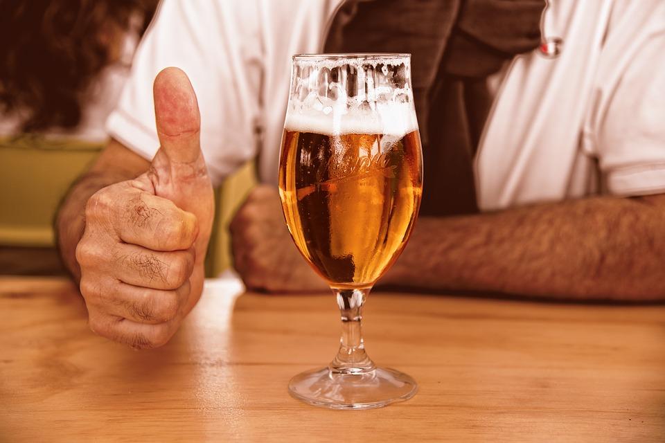 Munto Beer, successo e polemiche sulla gara di rutti