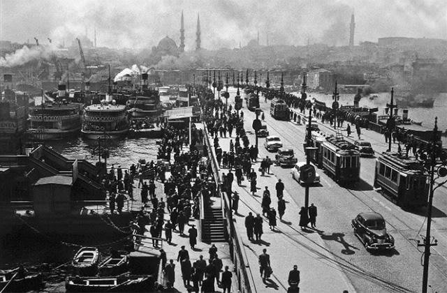 Anche Senigallia ricorda il fotografo turcoAra Guler