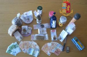 I materiali sequestrati dalla Polizia a Senigallia