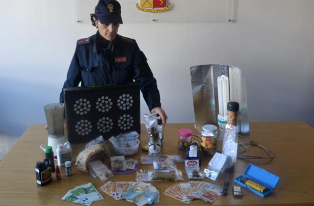 I materiali per lo spaccio della droga sequestrati dalla Polizia a Senigallia