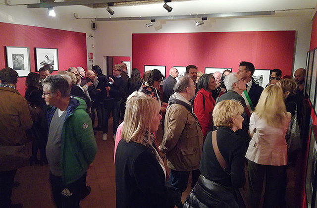 L'inaugurazione della mostra su Alexander Rodchenko a Palazzetto Baviera a Senigallia