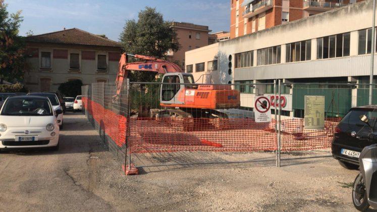 Muro di sostegno a Vallemiano, Diomedi (M5S): «Cantiere abbandonato, amministratori distratti»