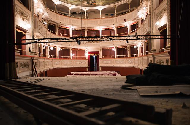 Il teatro di Caldarola dopo il sisma 2016