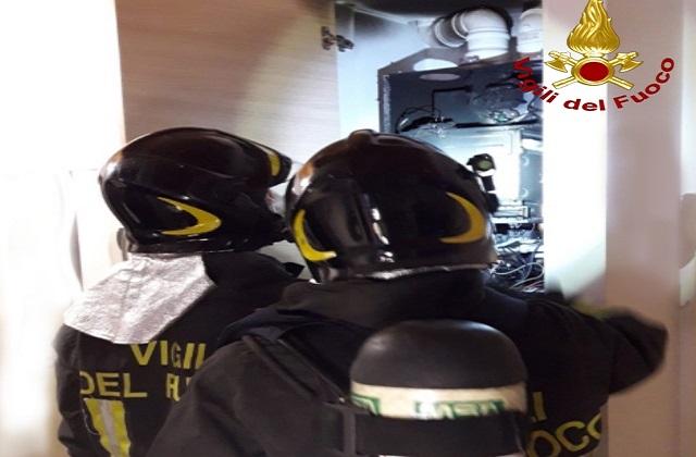 Osimo, caldaia a fuoco: intervengono i pompieri