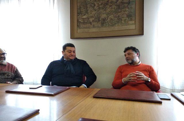 L'assessore al Turismo Fausto Pirchio (a sinistra) e il sindaco di Loreto Paolo Niccoletti oggi