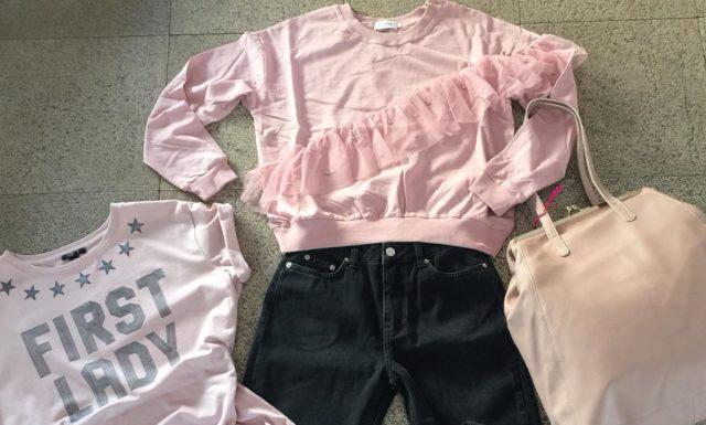 Dagli outfit proposti da Raffela Marinetti, un look casual dal retrogusto romantico
