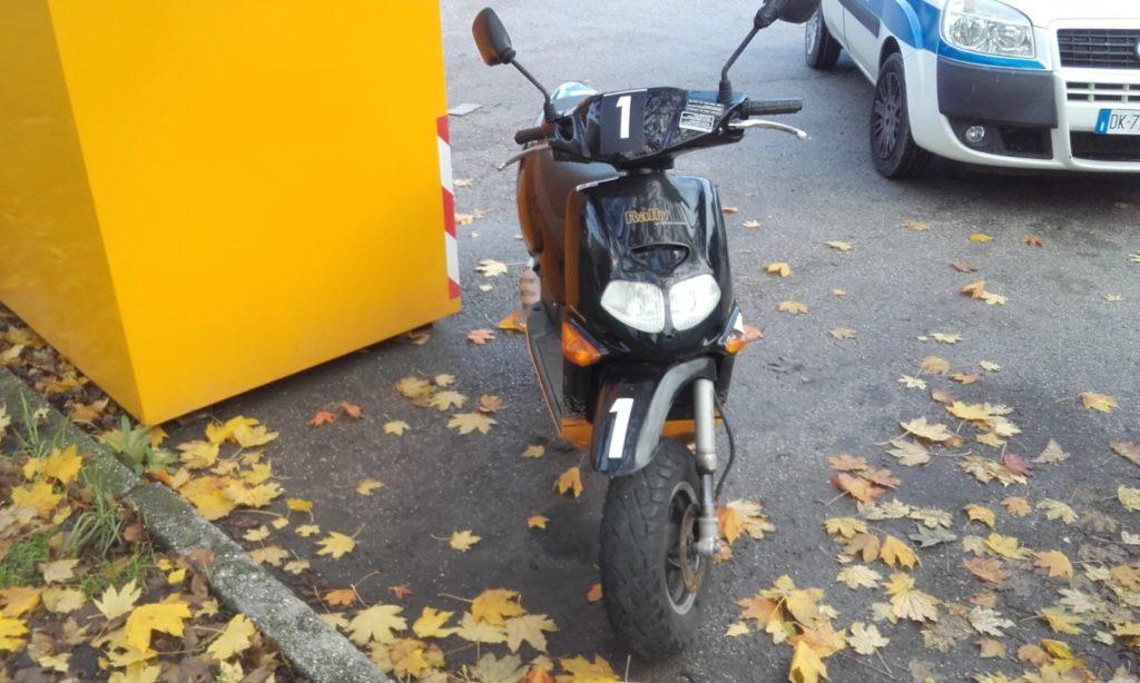 Lo ccooter trovato in via Montale