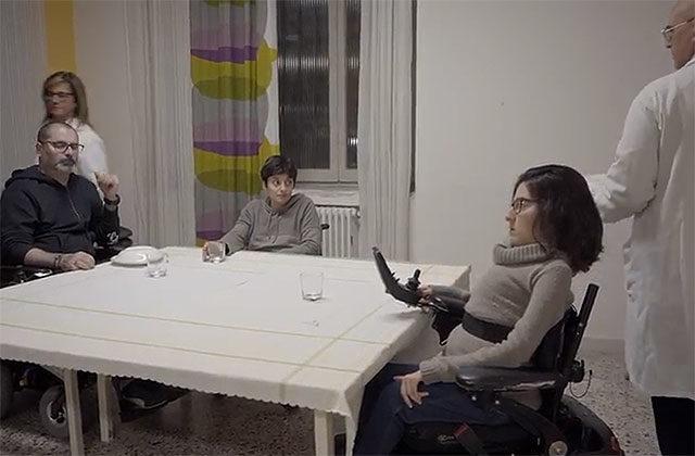 Una scena dello spot sull'assistenza ai disabili ideato dalla rete Liberi di Fare