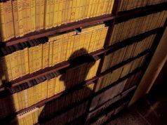 """La """"camera gialla"""" della Fondazione Rosellini per la Letteratura Popolare"""
