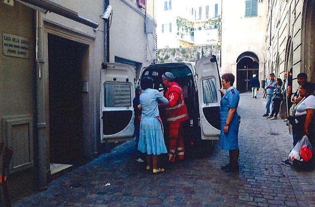 La Croce Rossa in prima linea per la raccolta alimentare