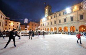 La pista di pattinaggio di Osimo allestita nel 2015